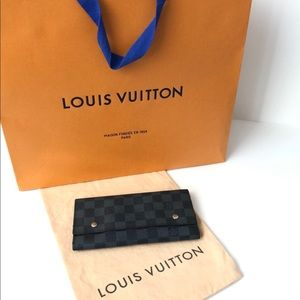 Louis Vuitton Damier Logo Portefeuille Snap Wallet